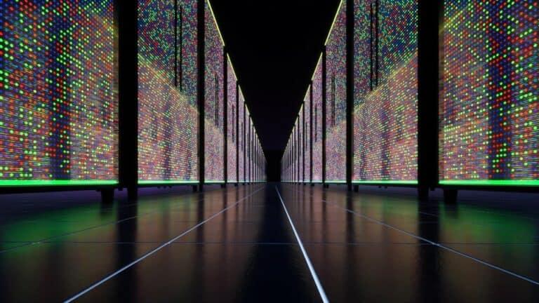 data-center-server-computer-ai-cloud-room-infrastructure-host-database-rack-performance-storage