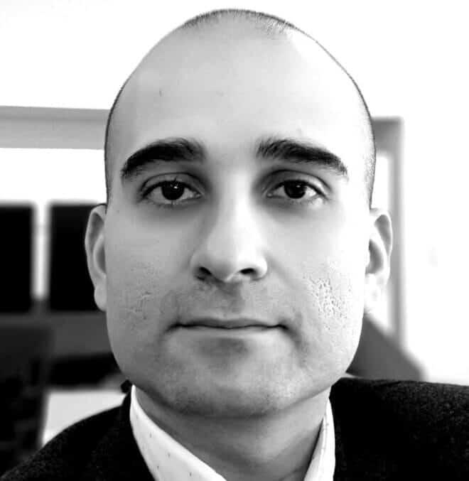 Hamid-Hamidzadeh-4-blackwhite-e1596234148466